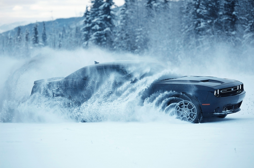 2017-Dodge-Challenger-GT-AWD-side-in-snow