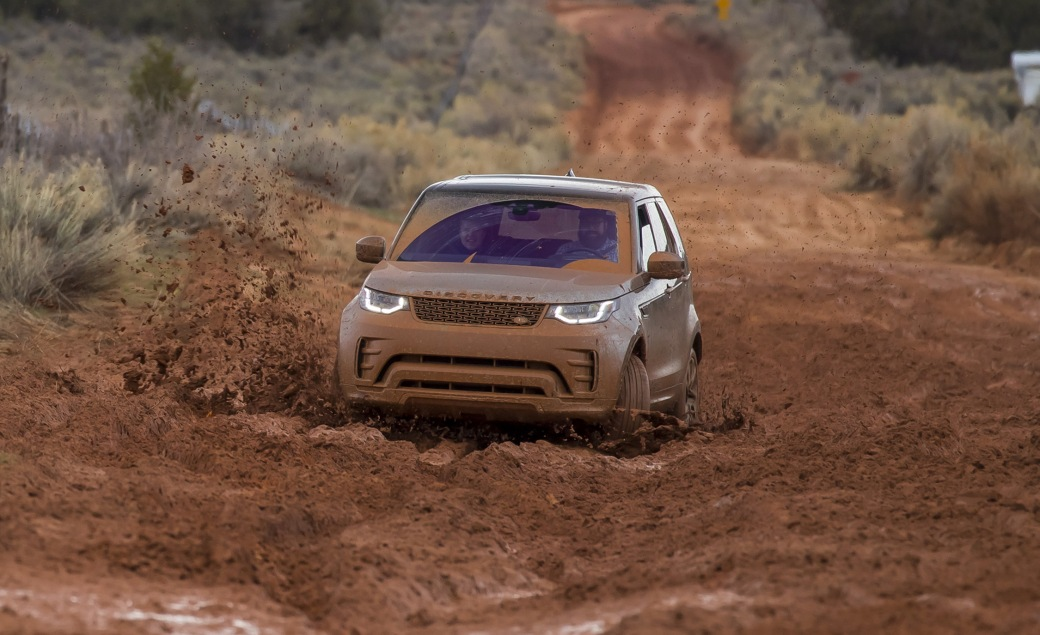 2017-land-rover-discovery-first-drive-review-car-and-driver-photo-673691-s-original