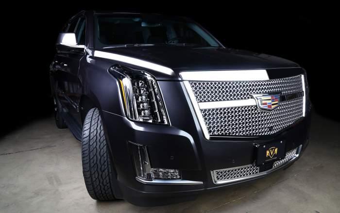 2018-Cadillac-Escalade-front