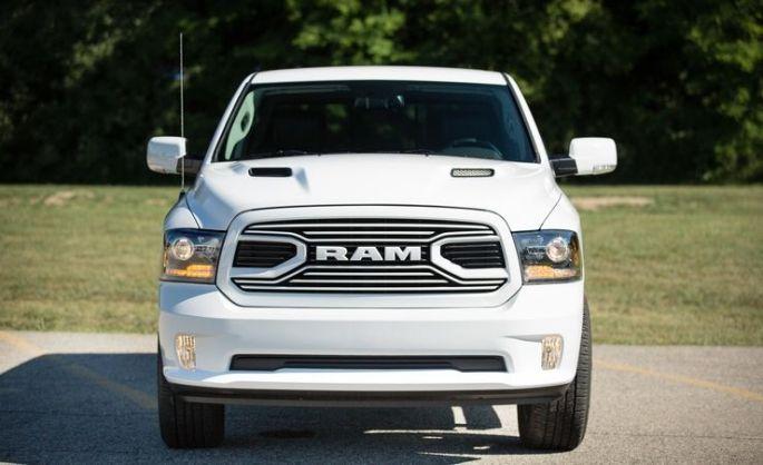 2018-Ram-1500-101