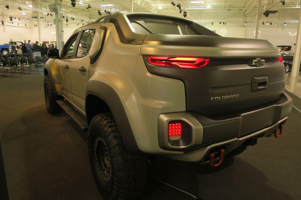 Chevrolet-Colorado-ZH2-hydrogen-fuel-cell-prototype